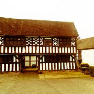 Ghost Hunt at The Manor House, West Bromwich Tickets | The Manor House Wednesbury Wednesbury  | Sat 25th August 2012 Lineup